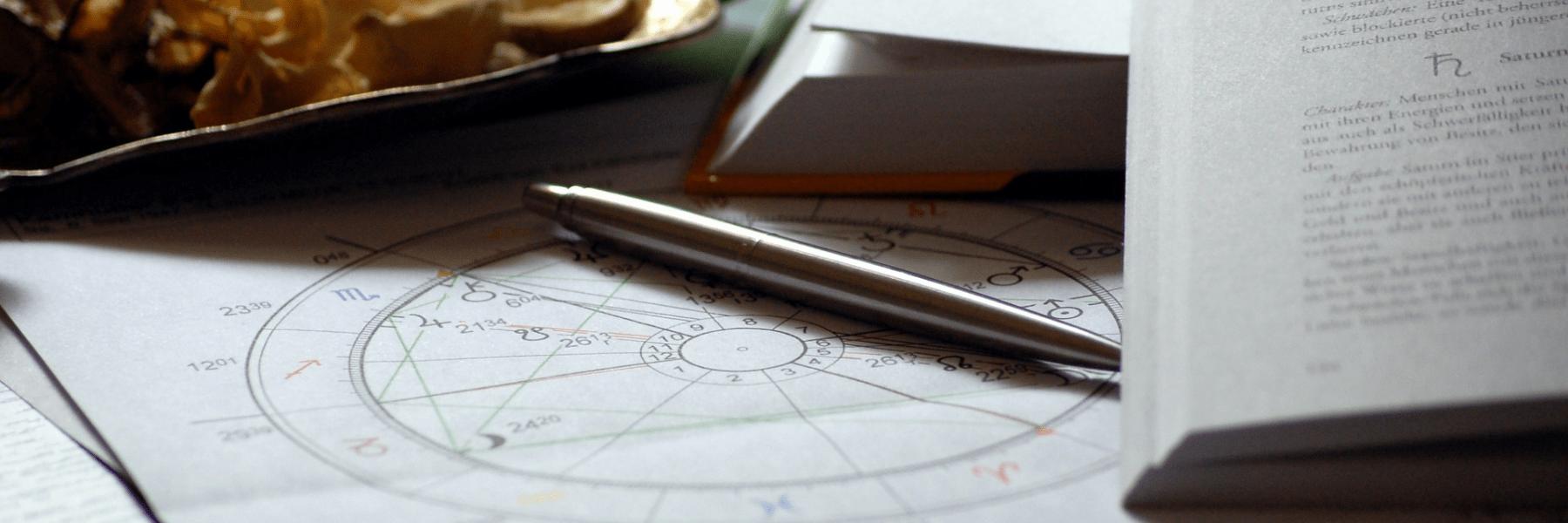 九星気学占い師の仕事内容と活躍できる場所とは?